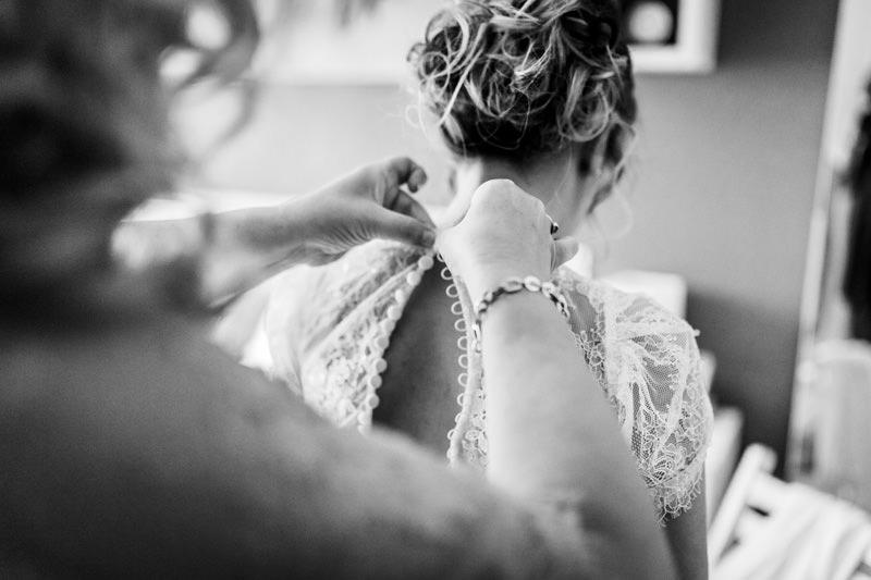 detalle botones vestido novia